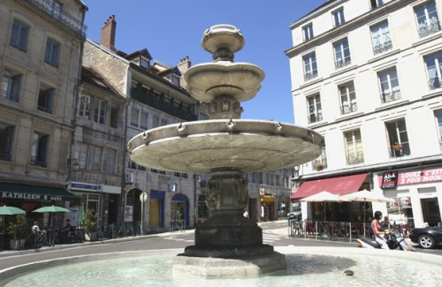 FONTAINE BACCHUS
